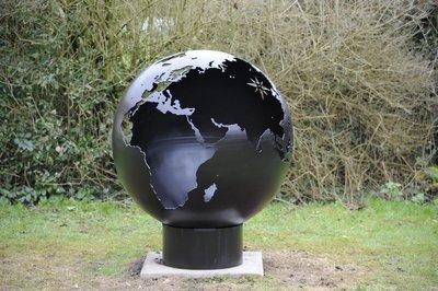 900mm Globe Firepit