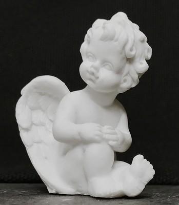 Pieni enkeli-figuuri, valkoinen