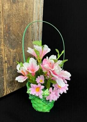 Keväinen kukkakori