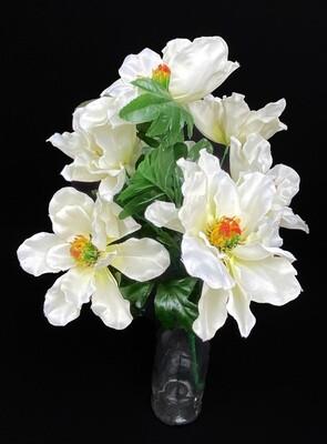 Magnolia tekokukkakimppu, kerma
