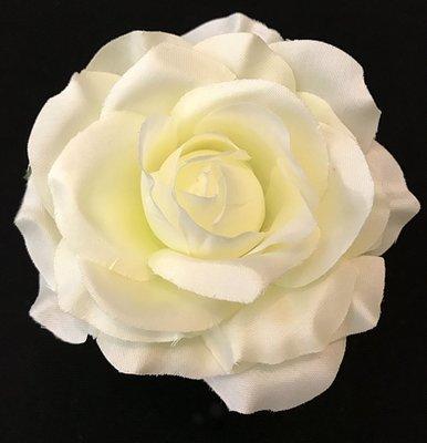 Ruusu-kukkapää, kerma