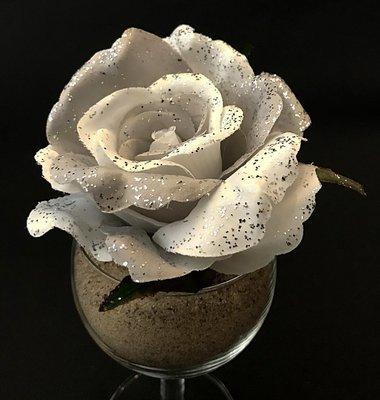 Kimalleruusu-kukkapää, hopea