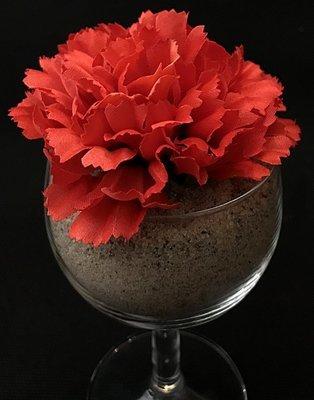 Neilikka-kukkapää, punainen