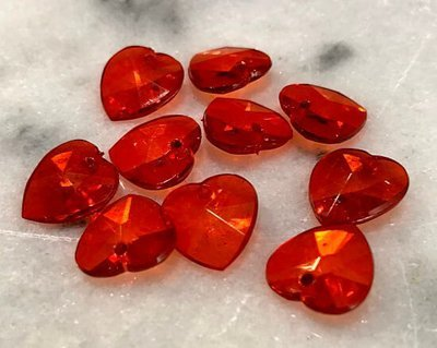 Muovikristalli sydän 10kpl, punainen