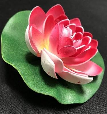 Pieni lumpeenkukka-kukkapää, punainen