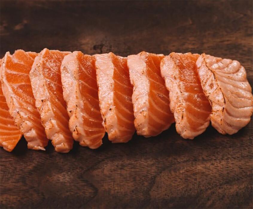 Fresh Salmon Tataki