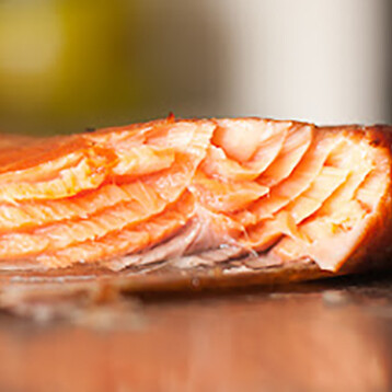 2 1 Lb Traditional Hot sMoked Salmon Portions