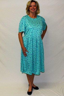 Back Opening Short Sleeve Polyester Dress