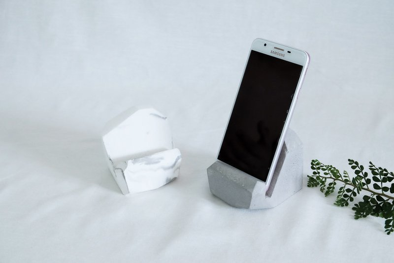 Skera Berg Phone Holder