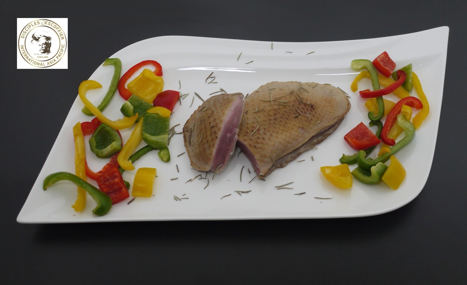 SOUS-VIDE PRECOOKED DUCK FILLET