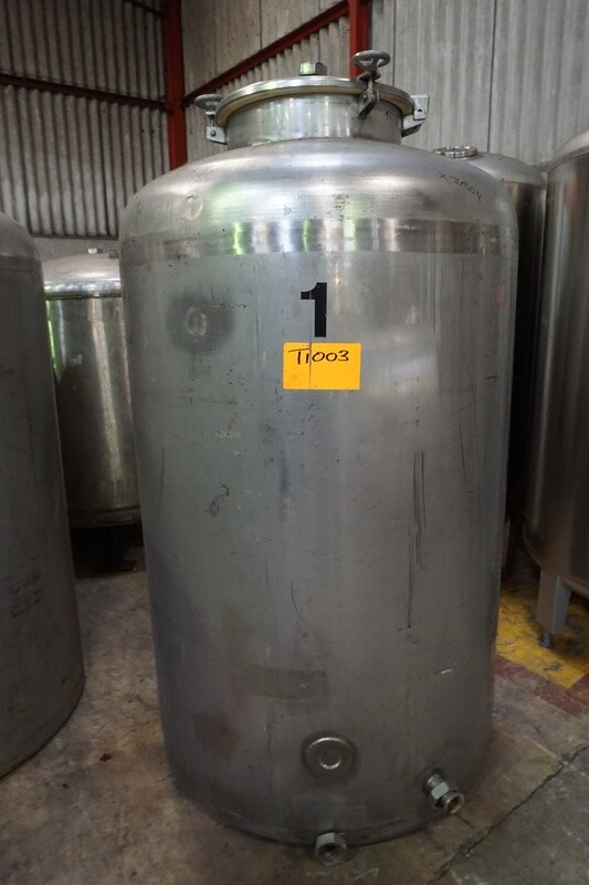 USED Tank - Stainless Steel - Vertical - 900 Litres
