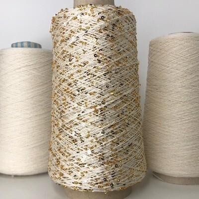 Lustrosa 100% хлопок, пайетки 3мм, муранский бисер золото, пайетки золото; длина нити около: 200м/100гр