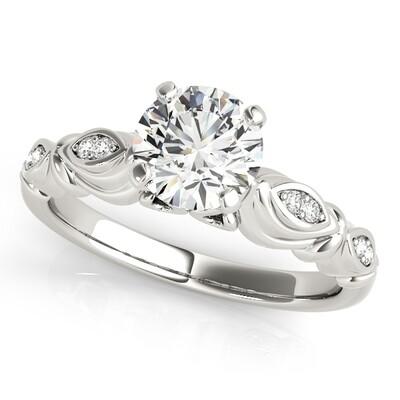 14K Diamond engagement ring antique