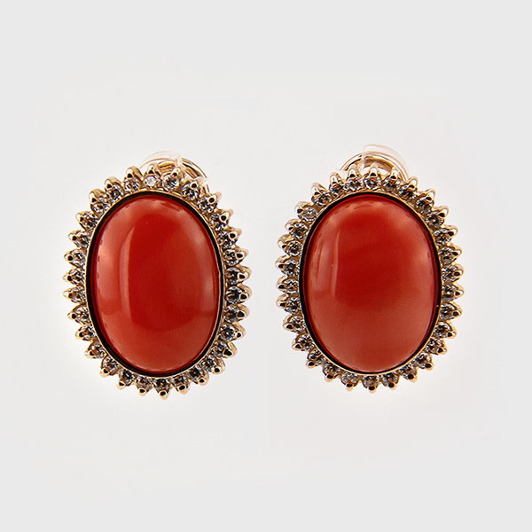 Coral earrings in 14k yellow gold