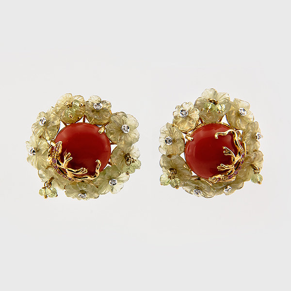 Floral design coral and lemon quartz earrings in 18k yellow gold