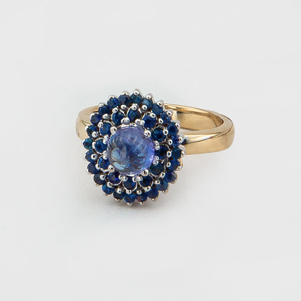 Sapphire and tanzanite ring in 14k yellow gold