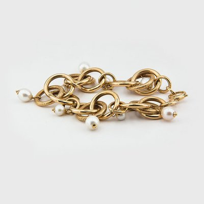 Pearl bracelet in 14k yellow gold