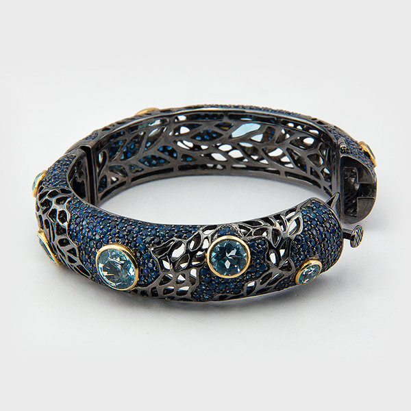 Sapphire and blue topaz gemstone bracelet in sterling silver