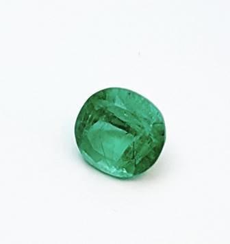 Rarest non-treated Emerald oval gemstone 6.81ct, GIA Certificate