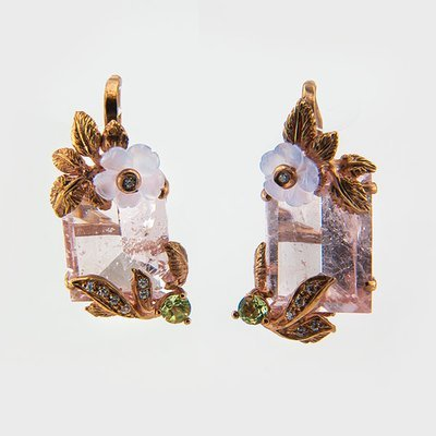 Rose beryl gemstone earrings in yellow gold plated silver