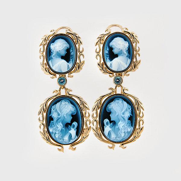Cameo earrings in 14k yellow gold
