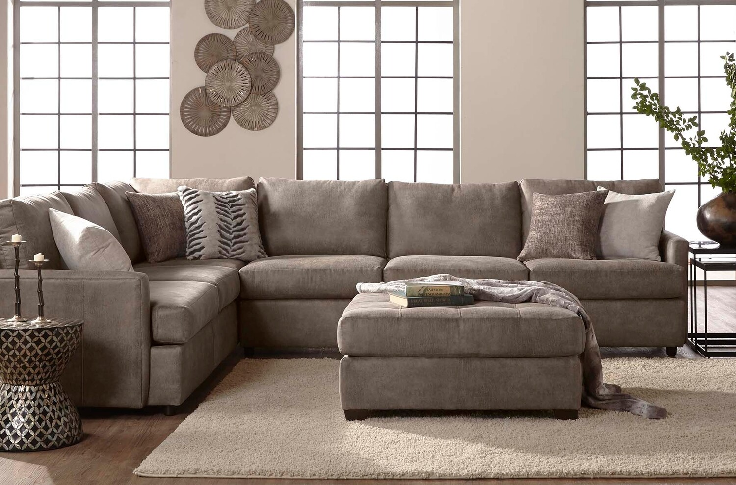 Hughes Goliath Sectional   Item# 11293