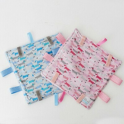 ​Taglet – Blue and Pink