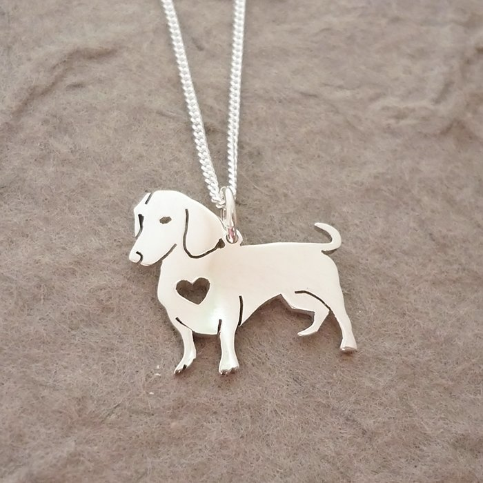 Sterling Silver Dachshund Pendant & Chain - Heart (side view)