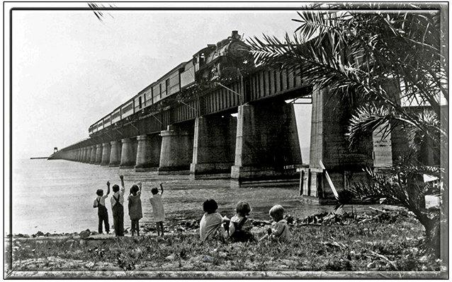 TRAIN ON BRIDGE WITH CHILDREN * 6'' x 11'' 10652