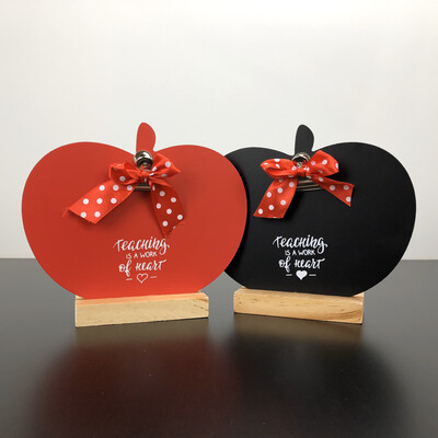 Apple Clip Frame - Teaching Is A Work Of Heart