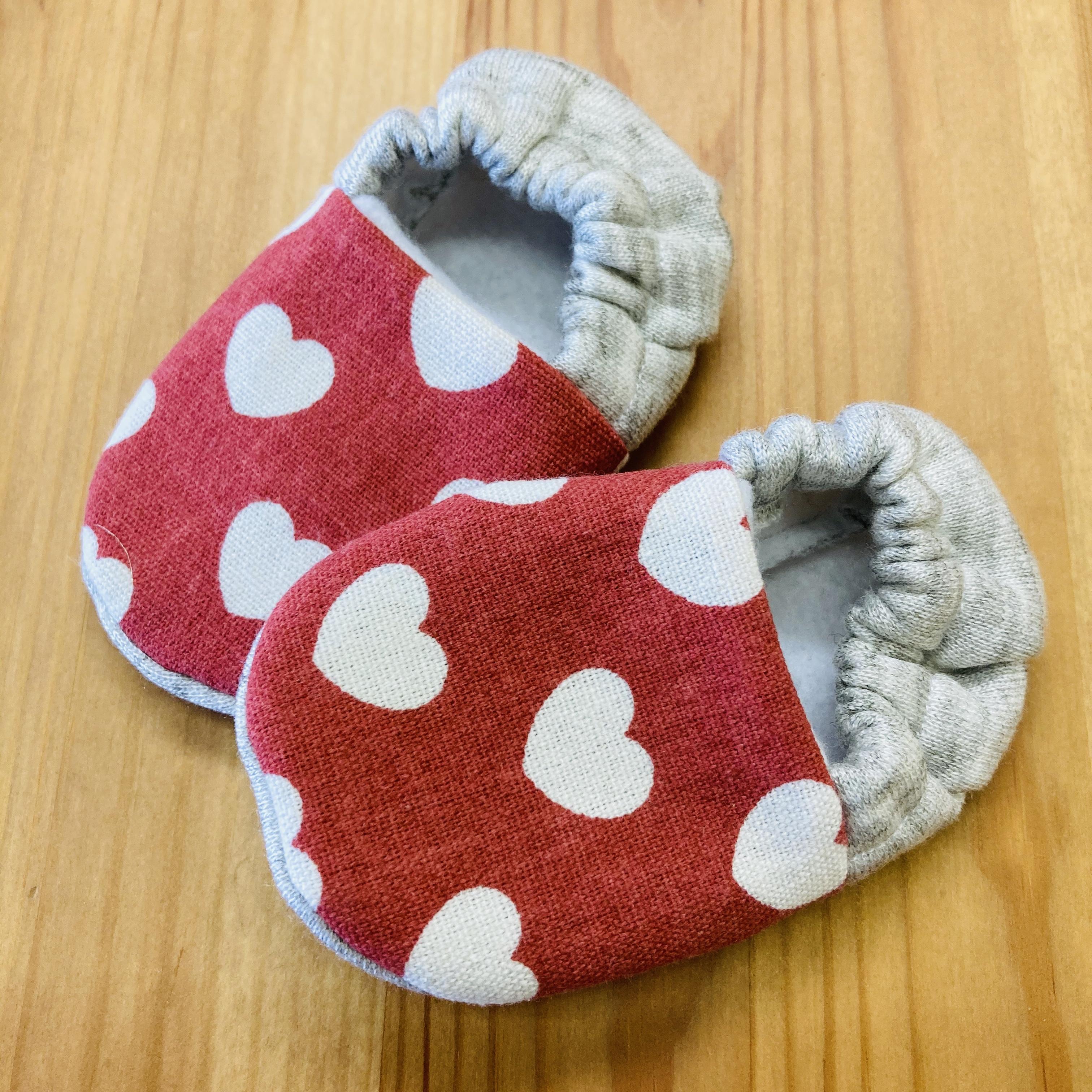 Newborn handmade baby booties