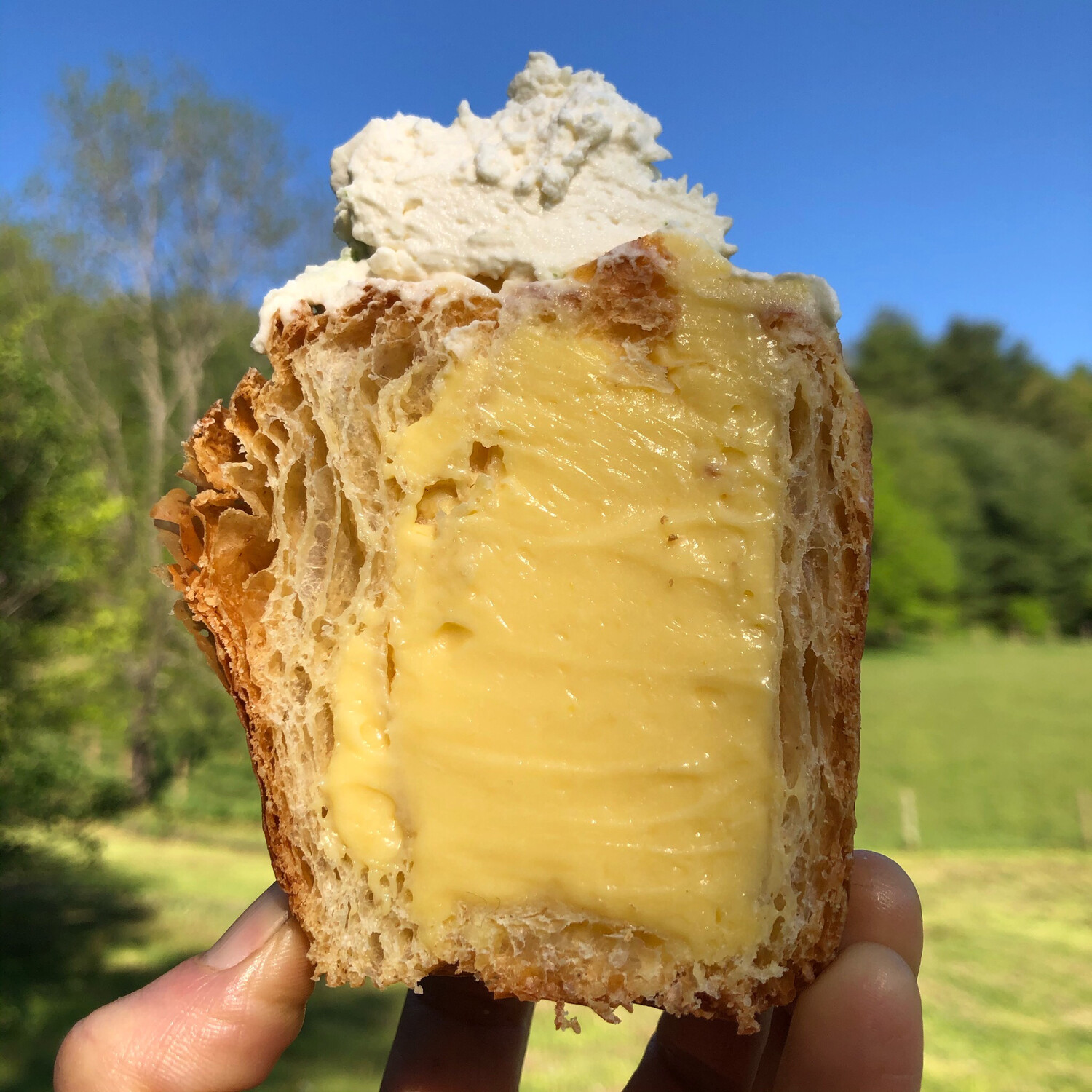 Passion Fruit Cruffin- Saturday Only