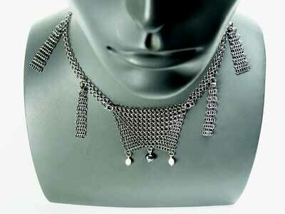 Medana's Necklace