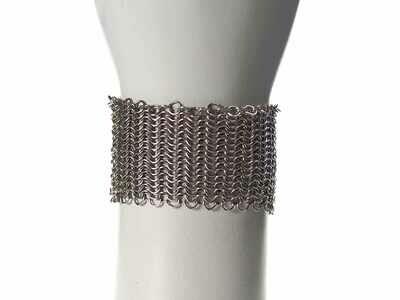 Medana's Bracelet