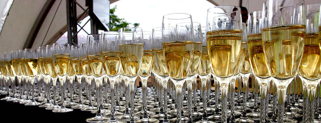 Lekker Venlo BUBBLELICOUS - 3 kansen & glazen champagne - Zondag 16 juni