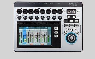 Touchmix-8 / QSC