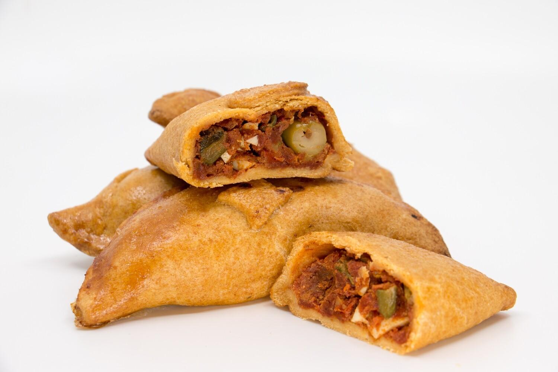 Empanadas aus Dinkelteig mit Pisto-Ei-Fülle