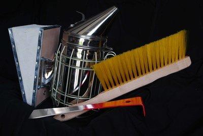 Basic Beginners Beekeeping Toolkit