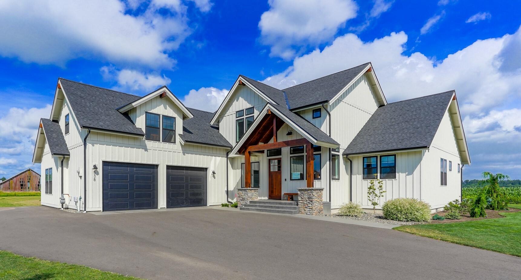 Contemporary Farmhouse 845 845