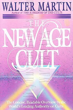 USED BOOK - The New Age Cult: The Concise, Readable Overview by the World's Leading Authority on Cults