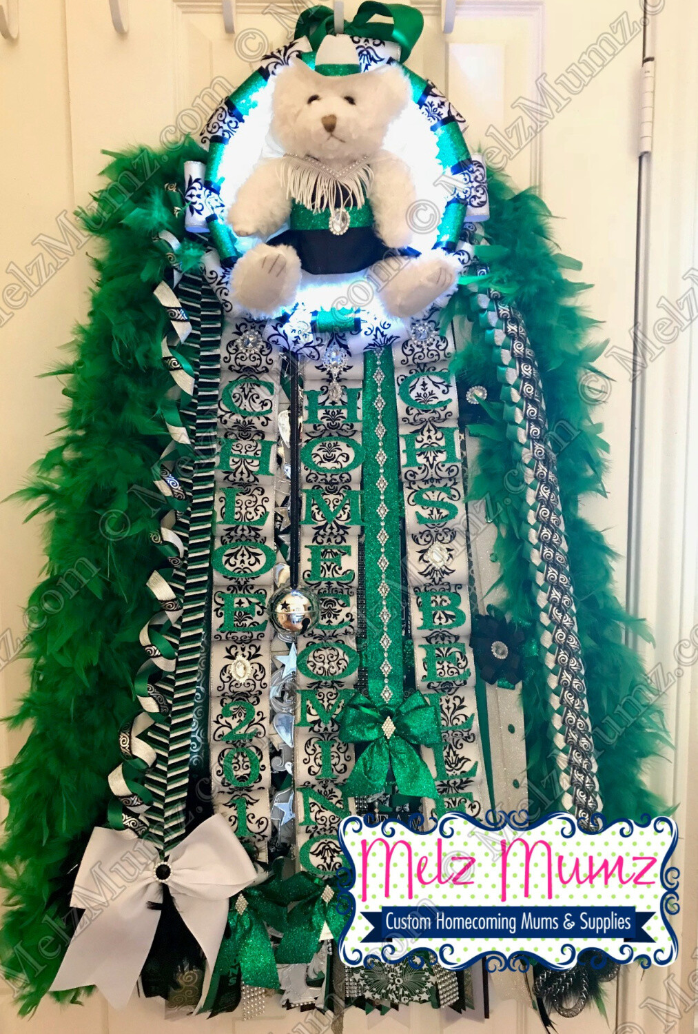 Deluxe Super Single Homecoming Mum