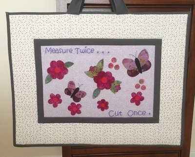 Butterfly among the flowers - Mat, ruler & cutter bag PDF pattern