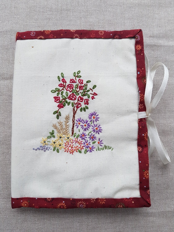 Regal Rose - Tri-fold Hand stitching Binding Kit PDF pattern