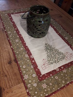 Under the Xmas Tree table runner