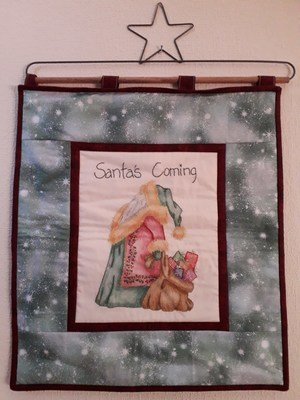 Santa's Coming Wall hanging