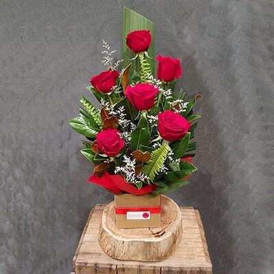Half Dozen Red Roses Arrangement
