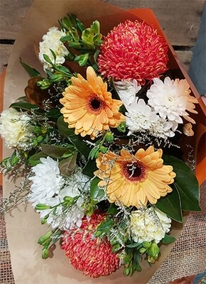Mixed Disbud Bouquet
