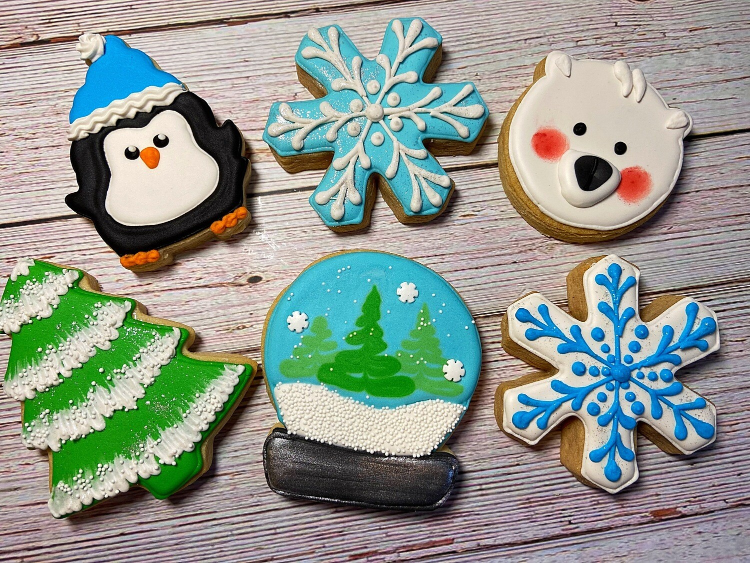 'Snow Globe Decorating Workshop - SUNDAY, NOVEMBER 22nd at 4 p.m. (THE COOKIE DECORATING STUDIO)