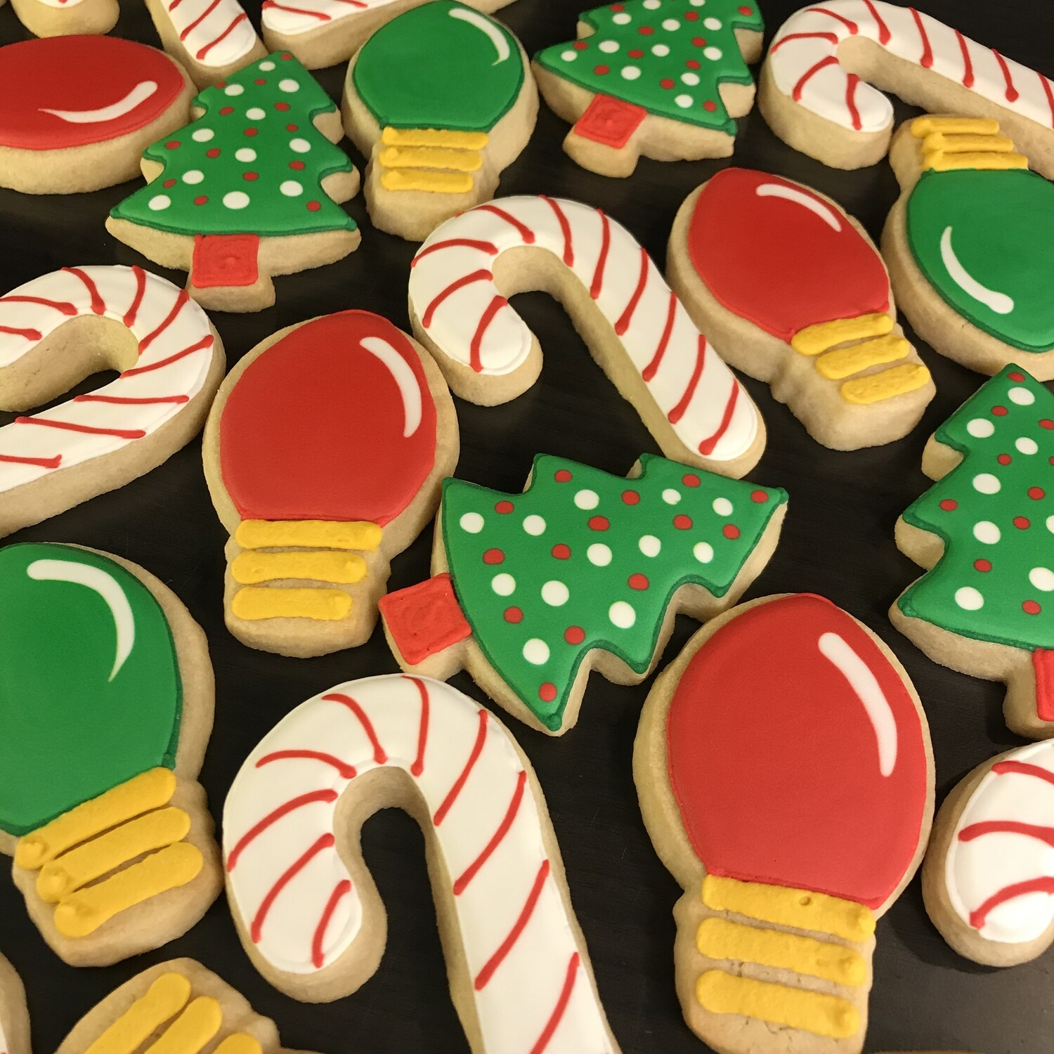 'Candy Canes Decorating Workshop - MONDAY, NOVEMBER 23rd at 2:30 p.m. (THE COOKIE DECORATING STUDIO)