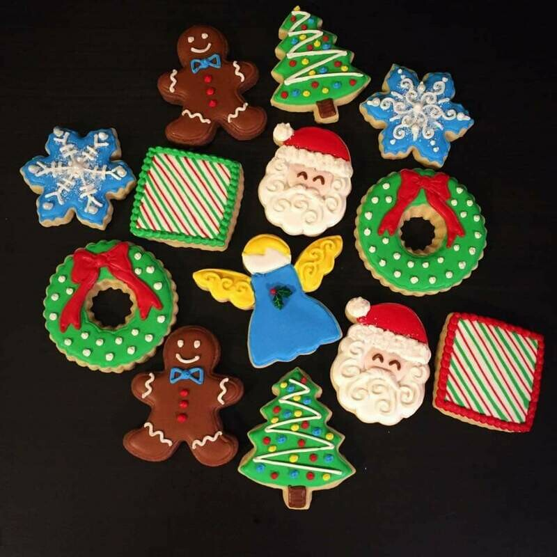 'Christmas Decorating Workshop - TUESDAY, DECEMBER 8th at 6:30 p.m. (THE COOKIE DECORATING STUDIO)